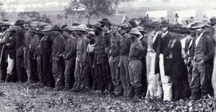 Confederate prisoners at Fairfax County Courthouse