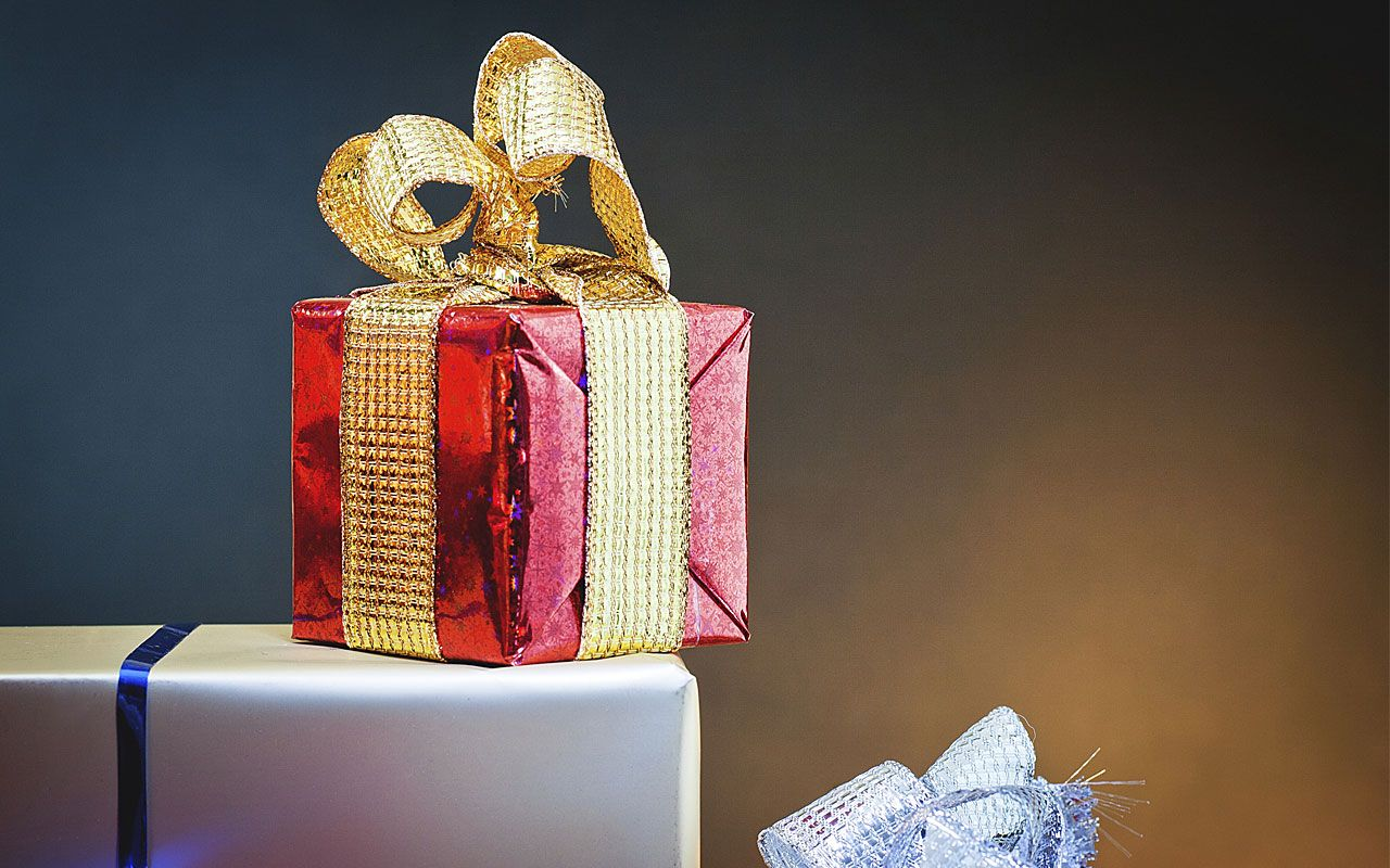 The holiday season is prime time to give back to the people who make your life easier throughout the year. But be sure not to bust your budget by giving too much or tipping unnecessarily...