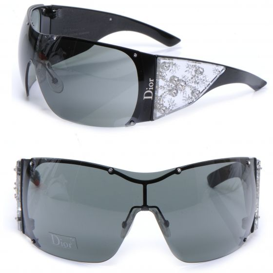 be66068112 This is an authentic pair of CHRISTIAN DIOR Swarovski Crystal Grand Salon  Sunglasses in Black LE. These ultrachic sunglasses have a large one piece  rimless ...