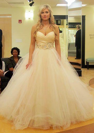 Season 4 featured dresses say yes to the dress atlanta for Custom wedding dress atlanta