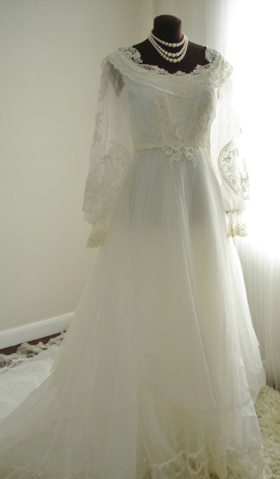 Guipure Lace House of Bianchi Wedding Dress with by TheTealDoor ...