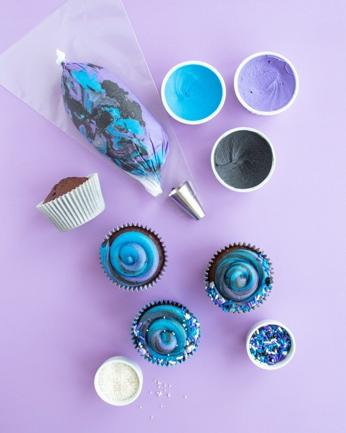 Chocolate Swirl Galaxy Cupcakes Tutorial #outerspaceparty