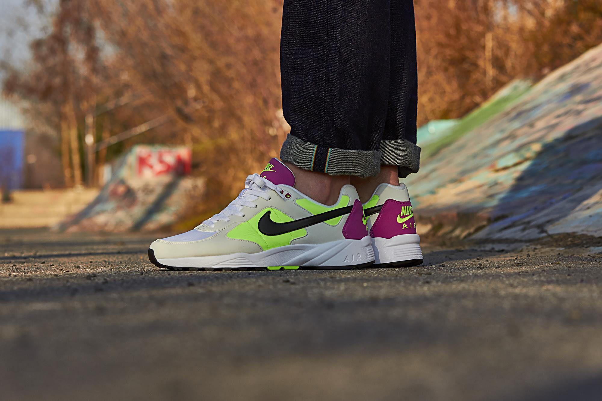 Es ist soweit: Zur aktuellen Saison präsentiert Nike die Rückkehr des Air Icarus im für seine Zeit typischen OG-Colorway. Nike's Air Icarus wurde im Jahr 1991 eingeführt und trat damals in die Fußstapfen des Air Pegasus.