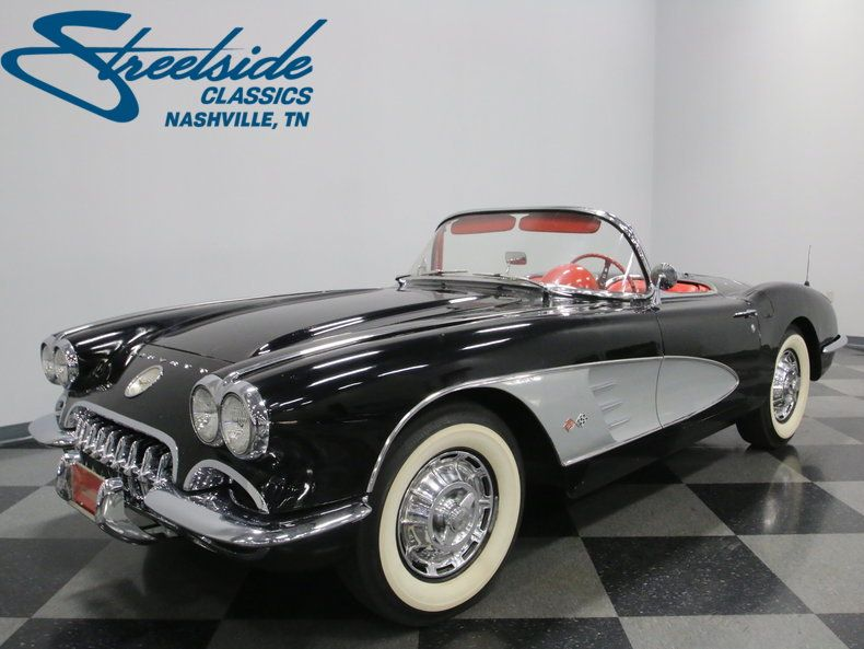 1960 Chevrolet Corvette With Images Classic Corvette