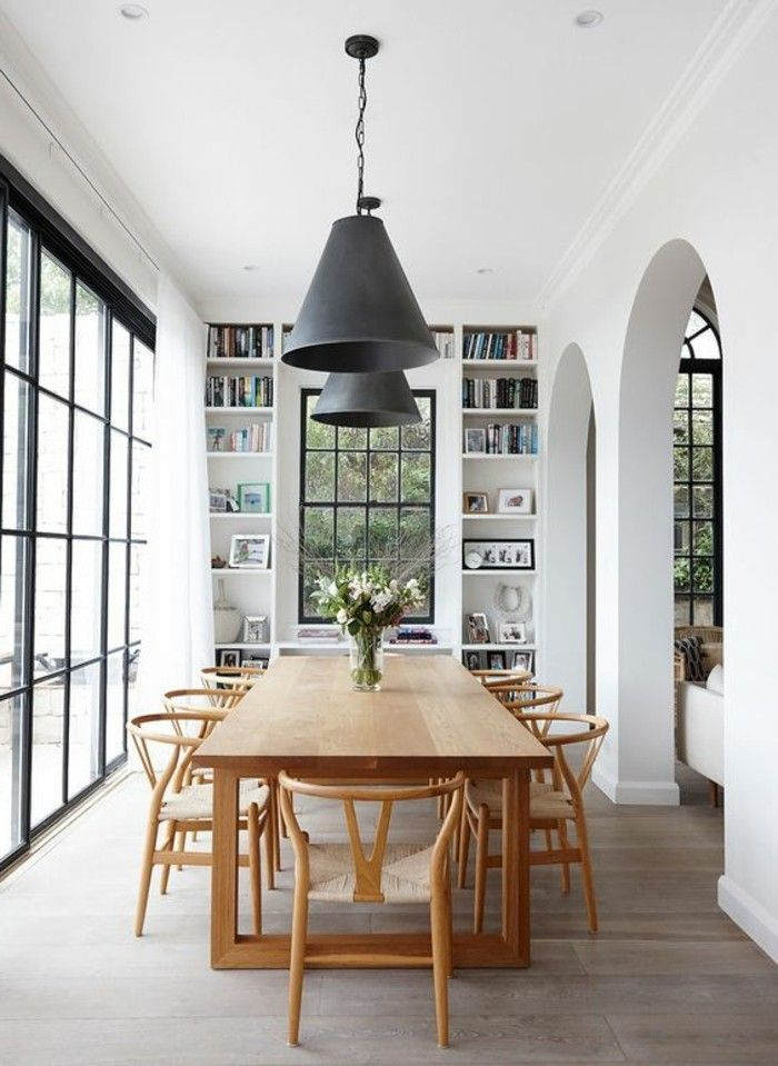 salle a manger en longueur idee deco salle a manger spacieuse meubles en bois clair
