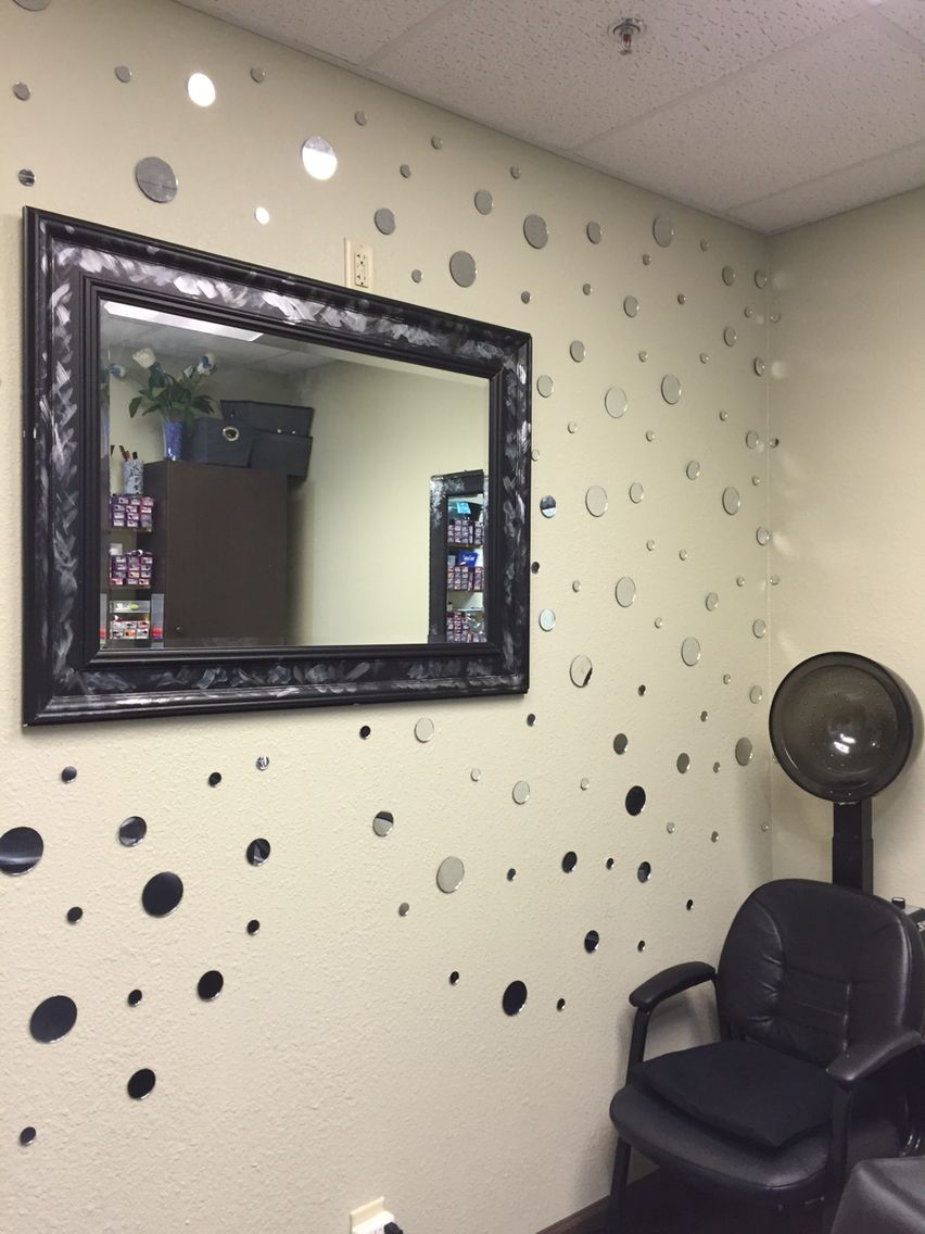 Salon Suite Decor
