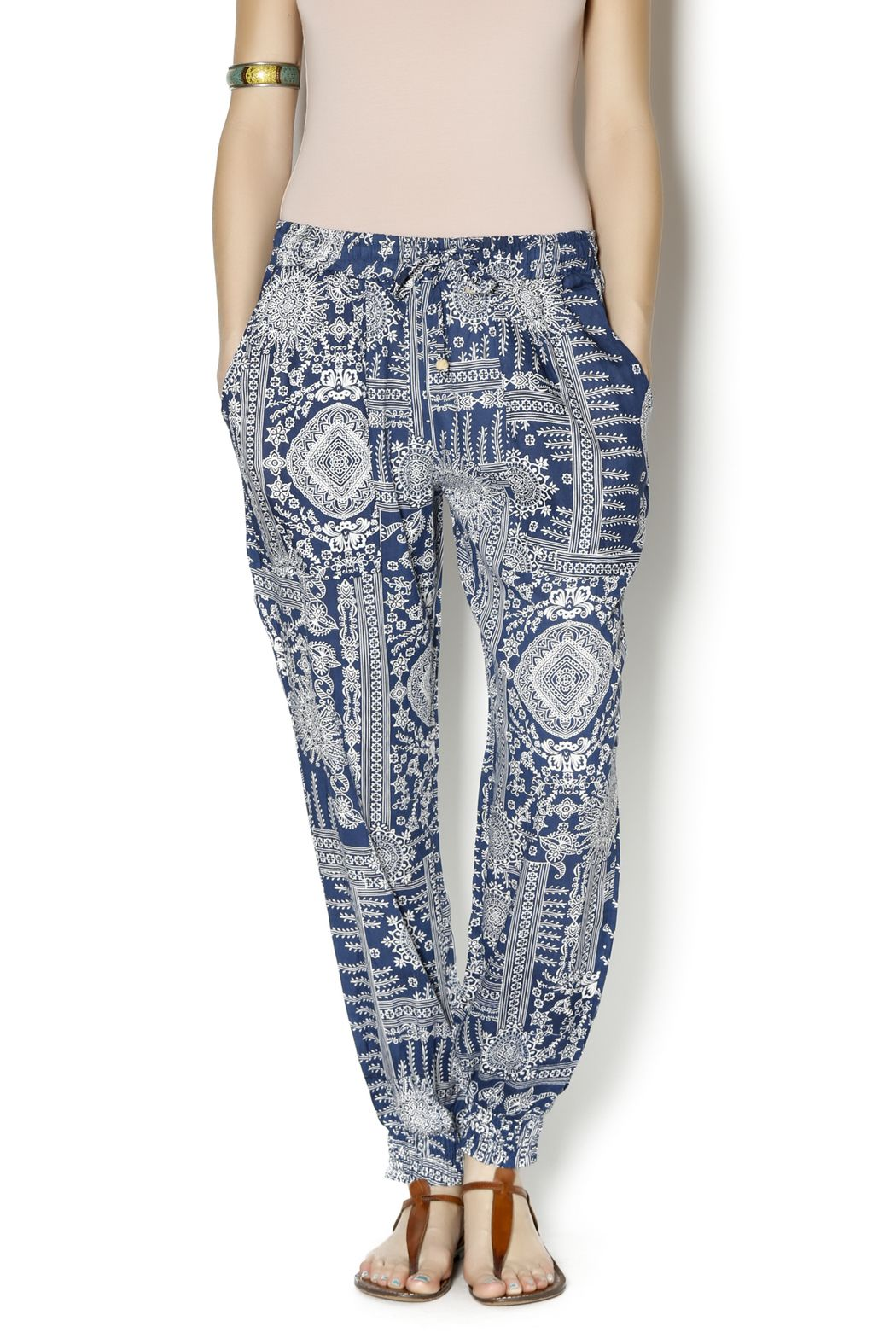 c9c6cb5bb7 Love these pants! Love the bottom....I can walk on the beach in these.
