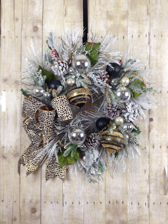 Christmas Wreath, Front Door Wreath, Holiday Wreath, Winter Wreath, Rustic
