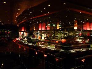 88 Things You Should Do In Las Vegas: Blow Away Your Taste Buds at L' Atelier de Joel Robuchon