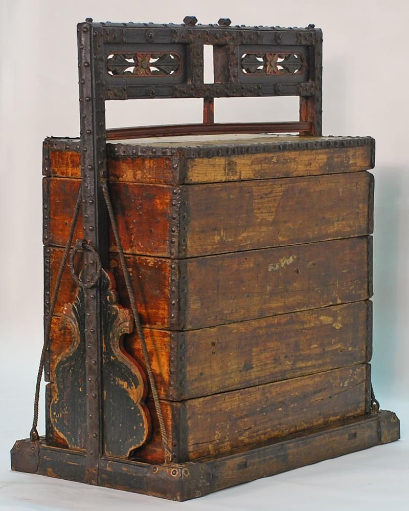 Antiques Hearty Vintage Chinese Wooden Black Lacquer Storage Box Trunk Small Chest