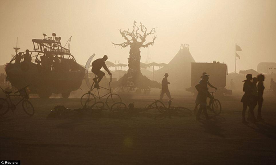 Burning Man Festival - Nevada - World for Travel