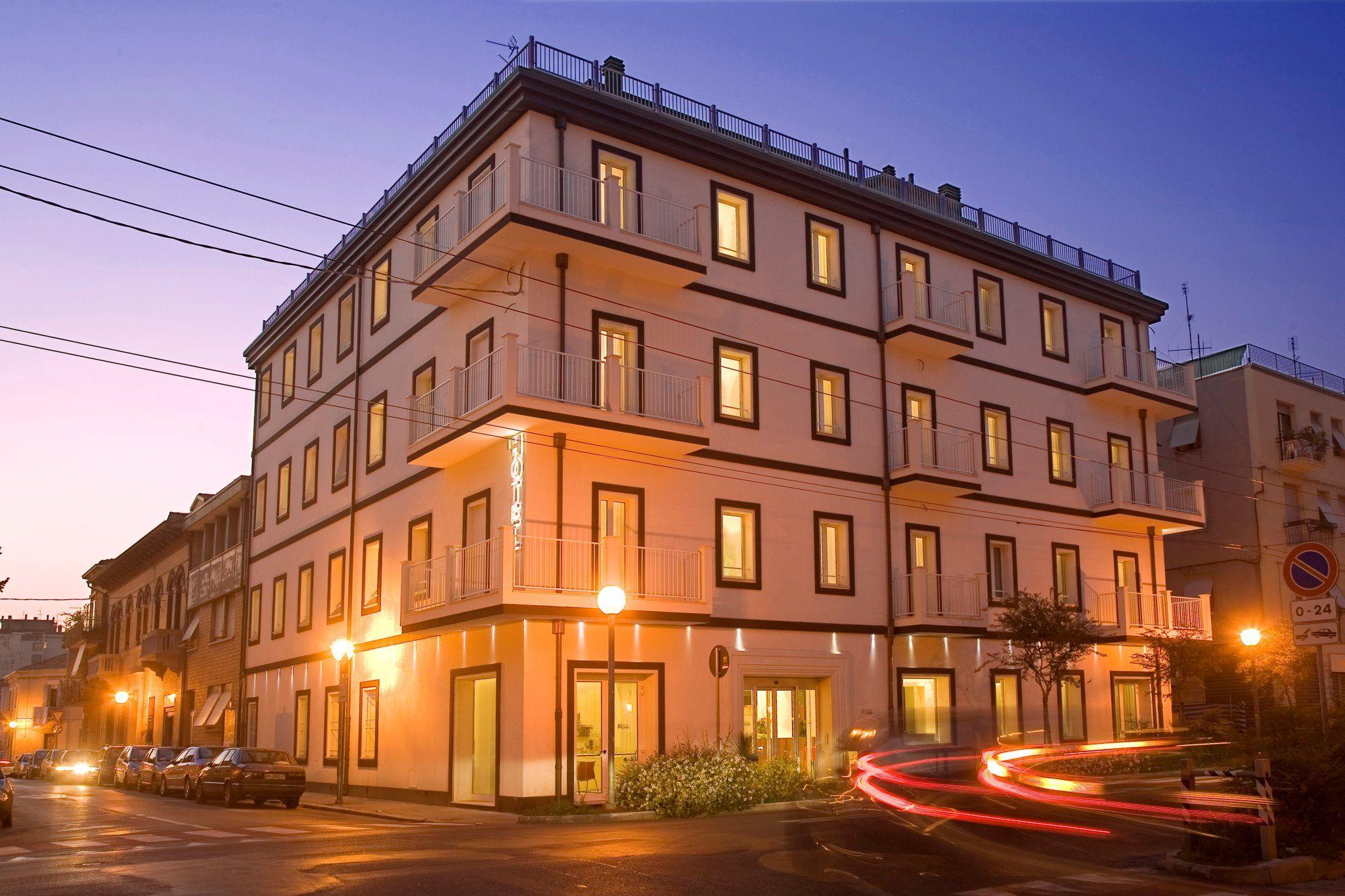 HOTEL CARD INTERNATIONAL - Rimini | http://www.facebook.com/pages/Hotel-Card-InternationalS/71255779308 | http://www.hotelcard.it