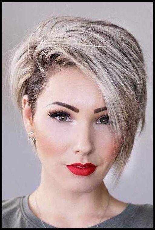 Besten Geschichteten Kurzen Haarschnitte Für Runde Gesicht 2018 ...  #bobfrisuren2018 #frisuren #trendfrisuren #neuefrisuren #sommerfrisuren