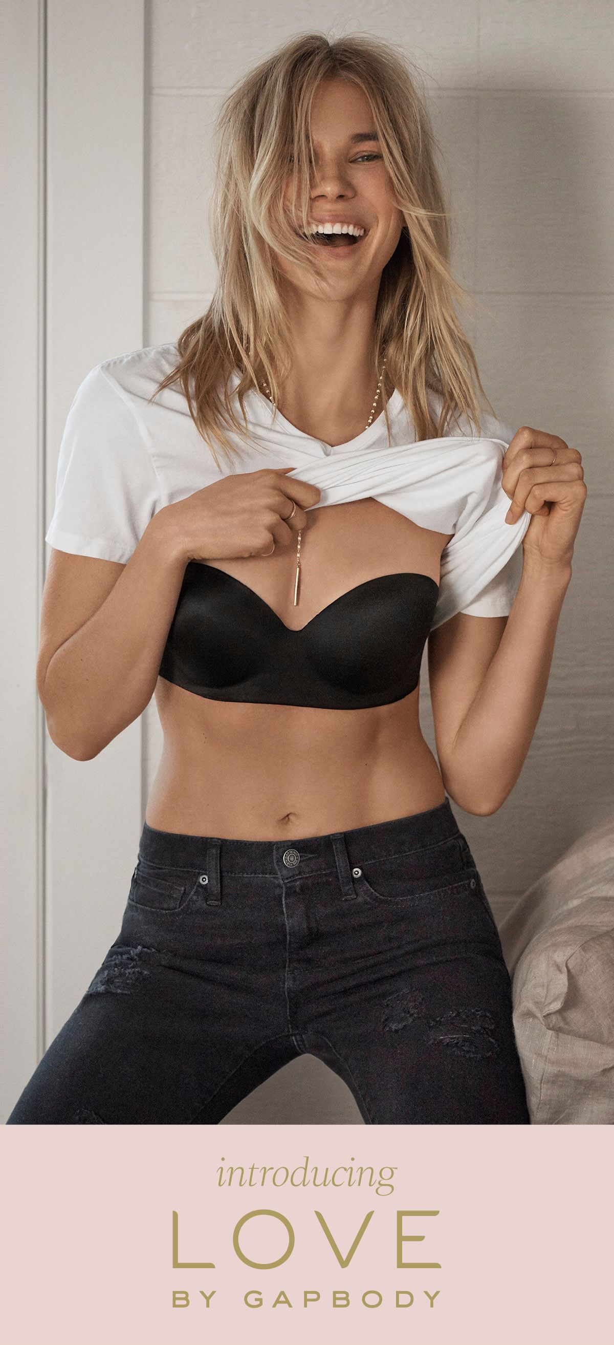 ca8c29b483be3 Get into the very versatile Everyday Smooth Strapless Multiway bra. All the  ways you can wear it  classic