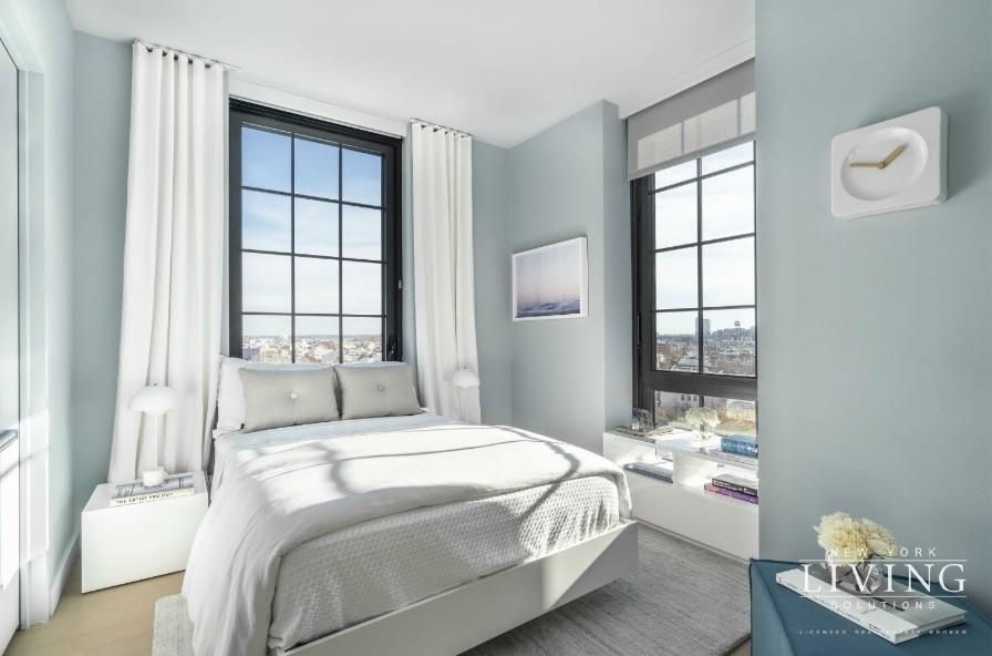 3 Bedrooms 2 Bathrooms Apartment For Sale In Greenpoint Brooklyn Apartments For Rent Apartments For Rent Apartments For Sale