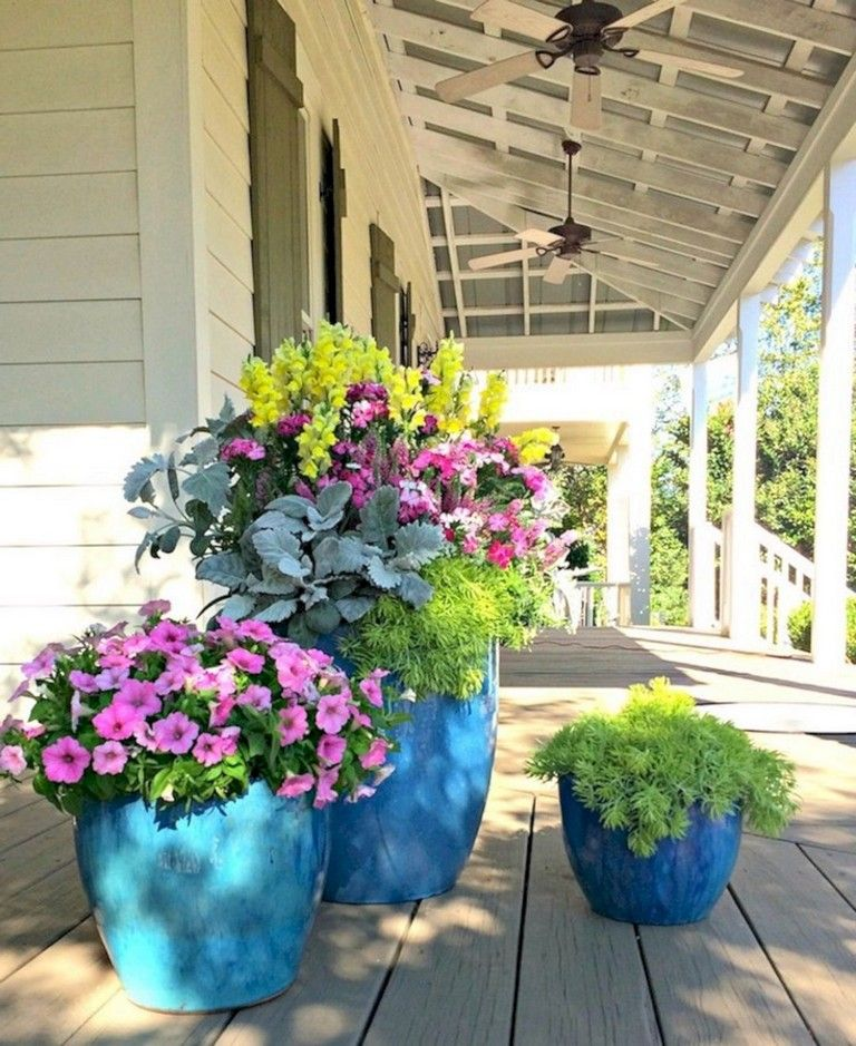 33 Beauty Colorful Outdoor Planter Ideas For Beautiful Home In Winter Season Flower Pots Outdoor Outdoor Flowers Porch Flowers