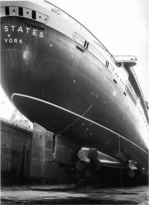 Cruise Ship Engine Room: Pin On Boats/ Ships