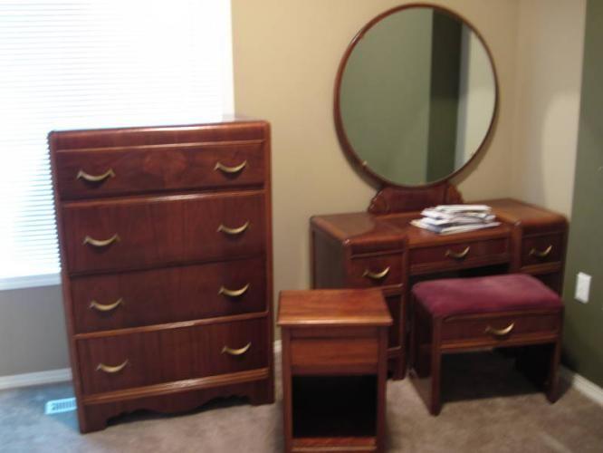 1940 Bedroom Furniture Sets