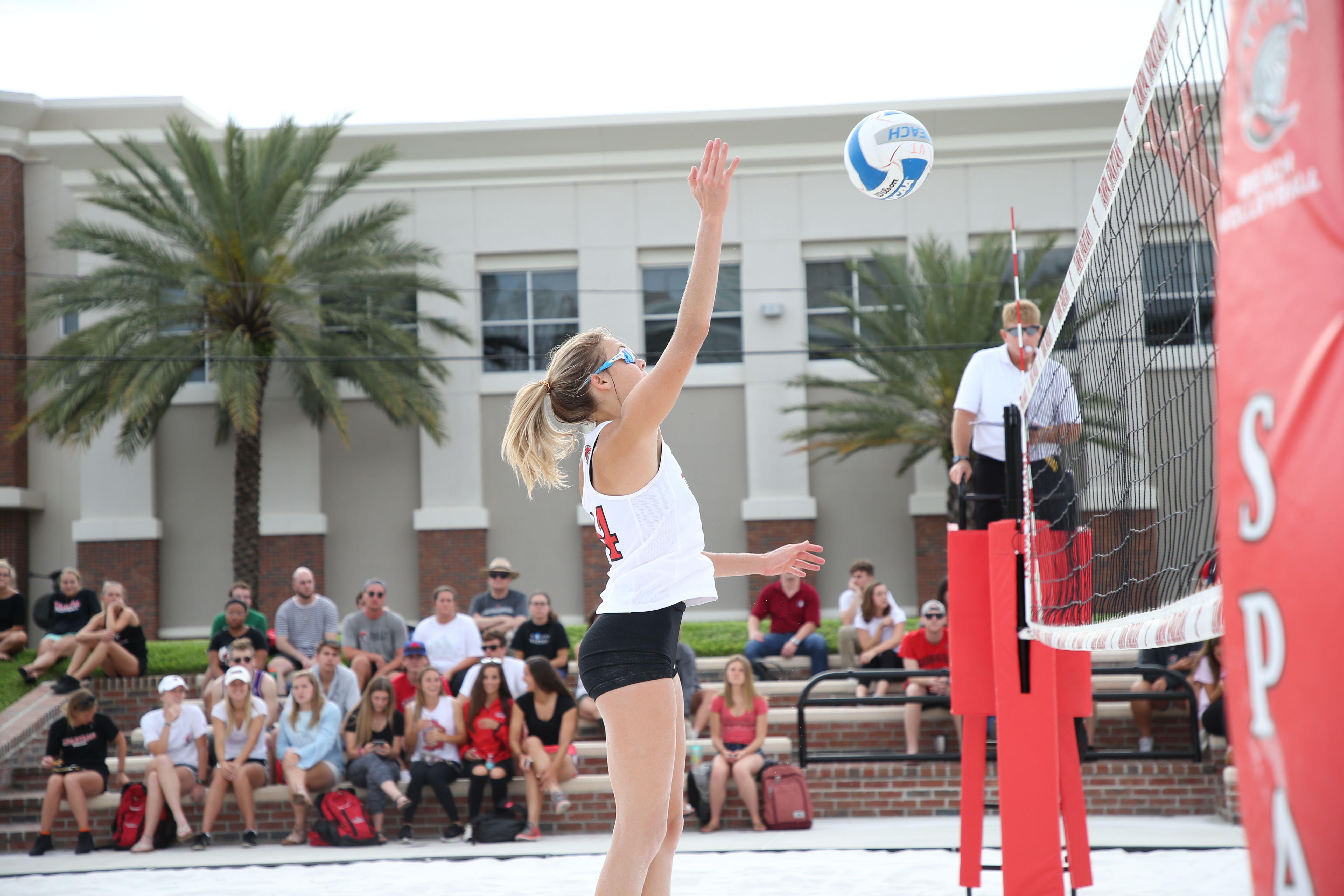 University Of Tampa Division I Beach Volleyball Beach Volleyball University Of Tampa Volleyball