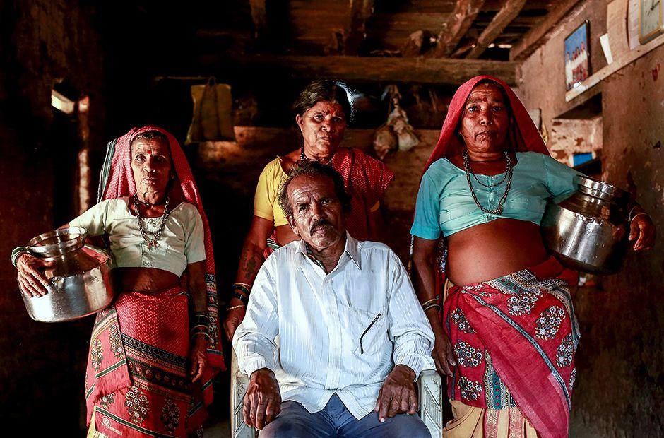 Indien: Eine Zweitfrau zum Wasserholen   Ehefrau, Indien, Frau