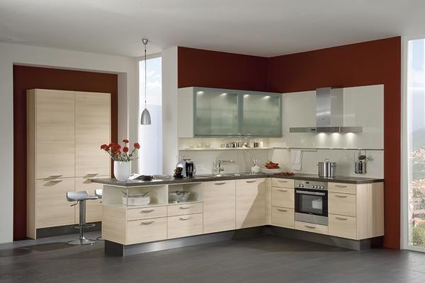 Une cuisine moderne en forme de l qui reprend l for Forme cuisine moderne