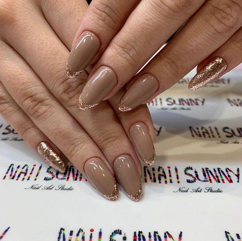 47 Gorgeous Nail Art With Glitter Polish - Glitter Nails , nail art ideas #nails #nailart #glitternails