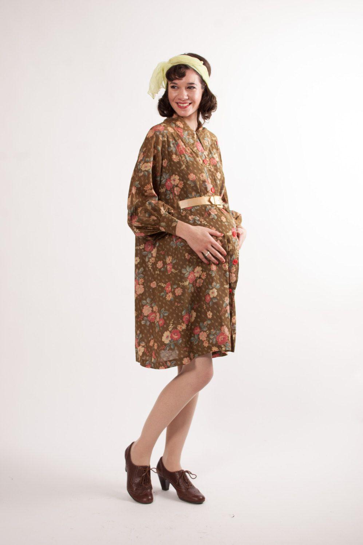 188101ba478 1930s Maternity Dress - Vintage Maternity Dress - Floral Print.  98.00