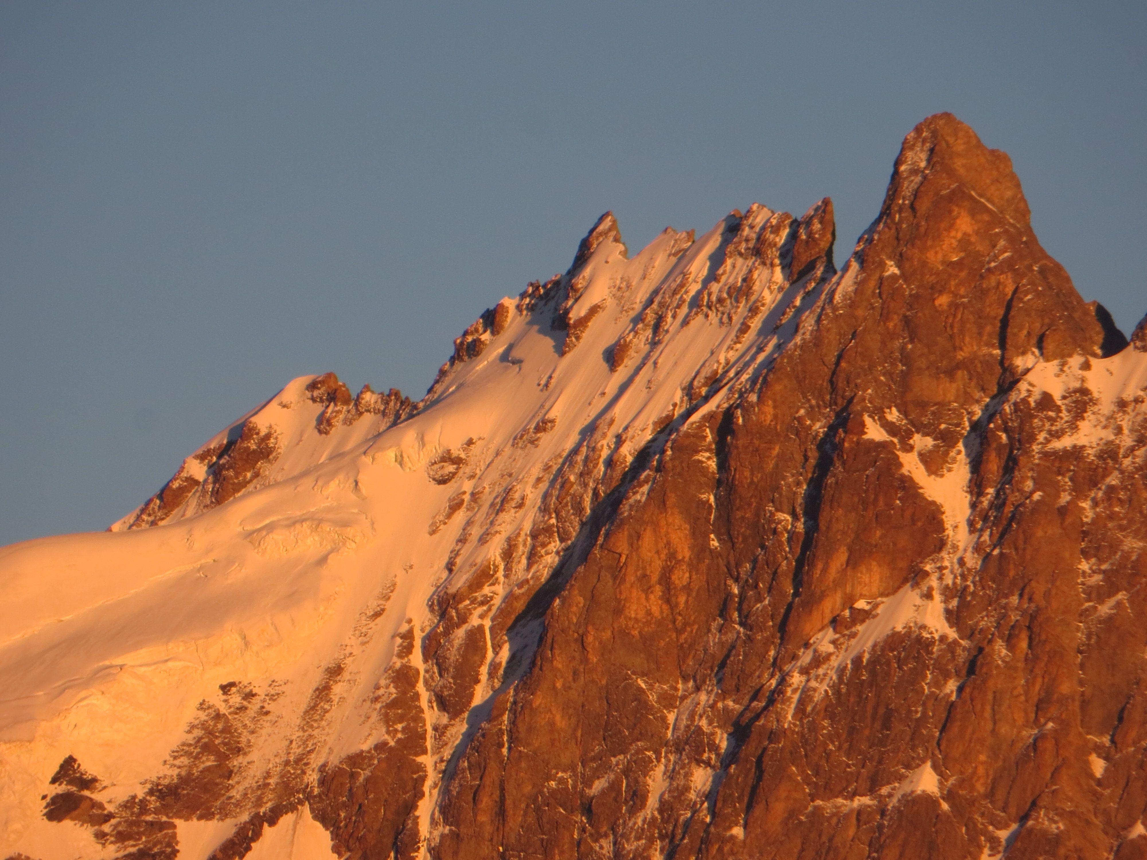 coucher de soleil sur la Meije