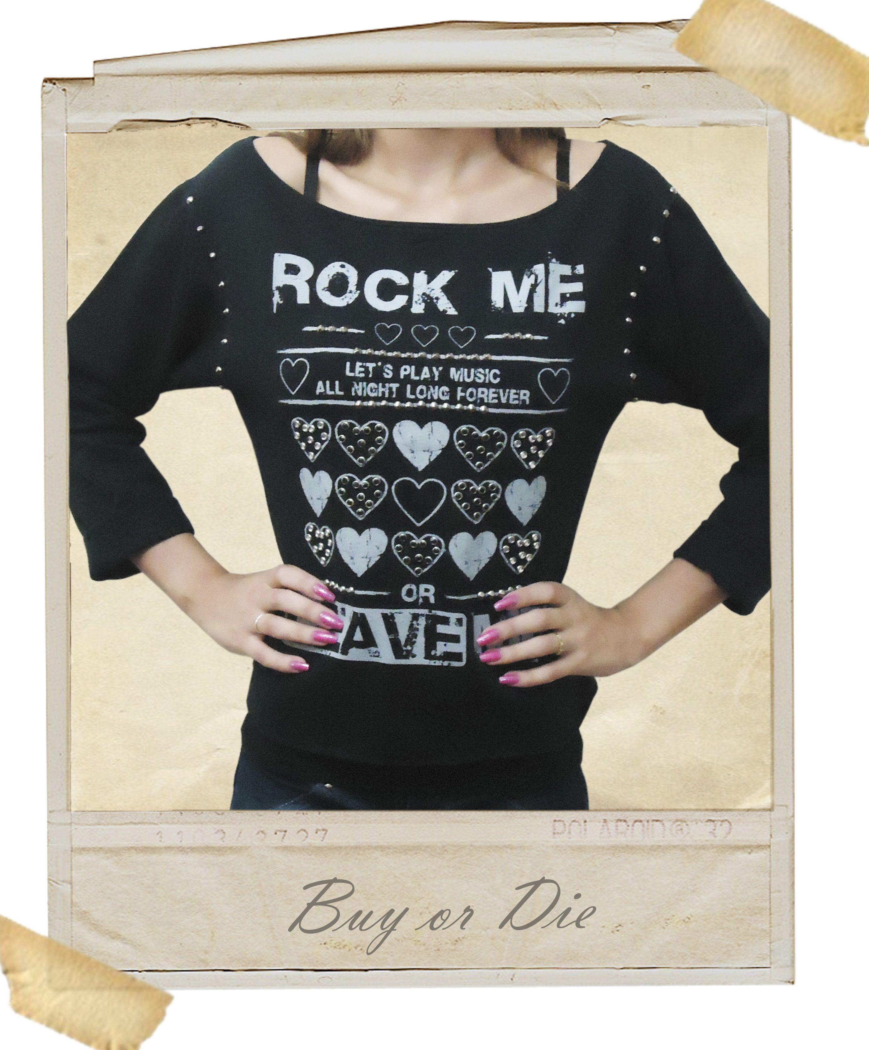 Moletom Rock Me com aplicações de spikes chumbo e strass prata e preto.