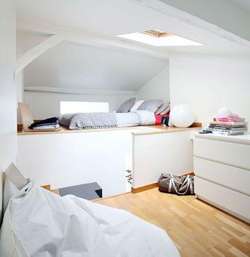 rangement chambre 11 id es de meubles de rangement astucieux lit en hauteur hauteur et placard. Black Bedroom Furniture Sets. Home Design Ideas