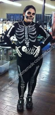 Homemade Pregnant Skeleton Costume... This website is the Pinterest of costumes & Coolest Pregnant Skeleton Costume | Skeletons Costumes and ...