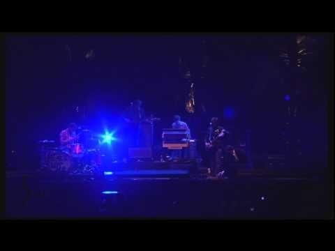 Entire Coachella 2011 Set <3 Wish I could find the Bonnaroo one.