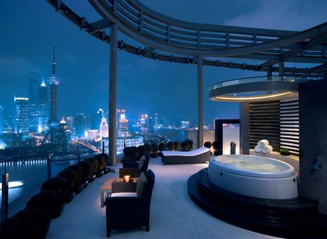 Chairman Suite at Hyatt on the Bund, Shanghai http://www.hospitalitynet.org/photo/73006776.html