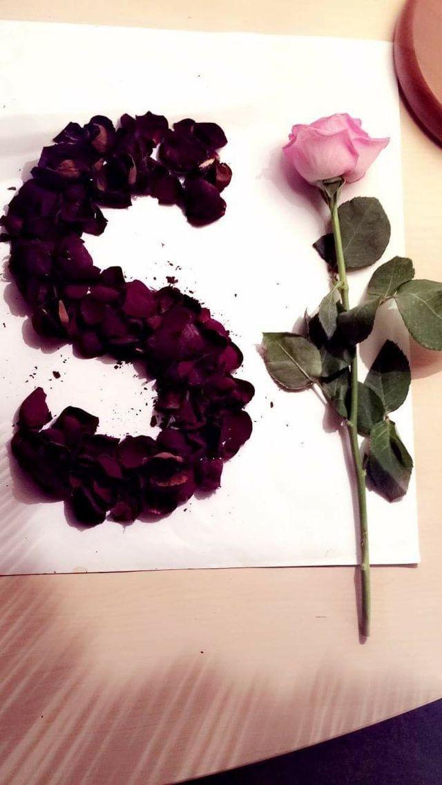 Pin By Ali Mahi On Texnh S Love Images Aesthetic Roses Alphabet Wallpaper