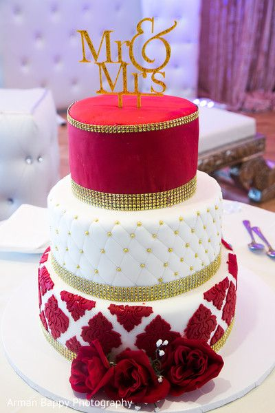 Drop Dead Gorgeous Indian Wedding Cake Design Wedding Cakes In