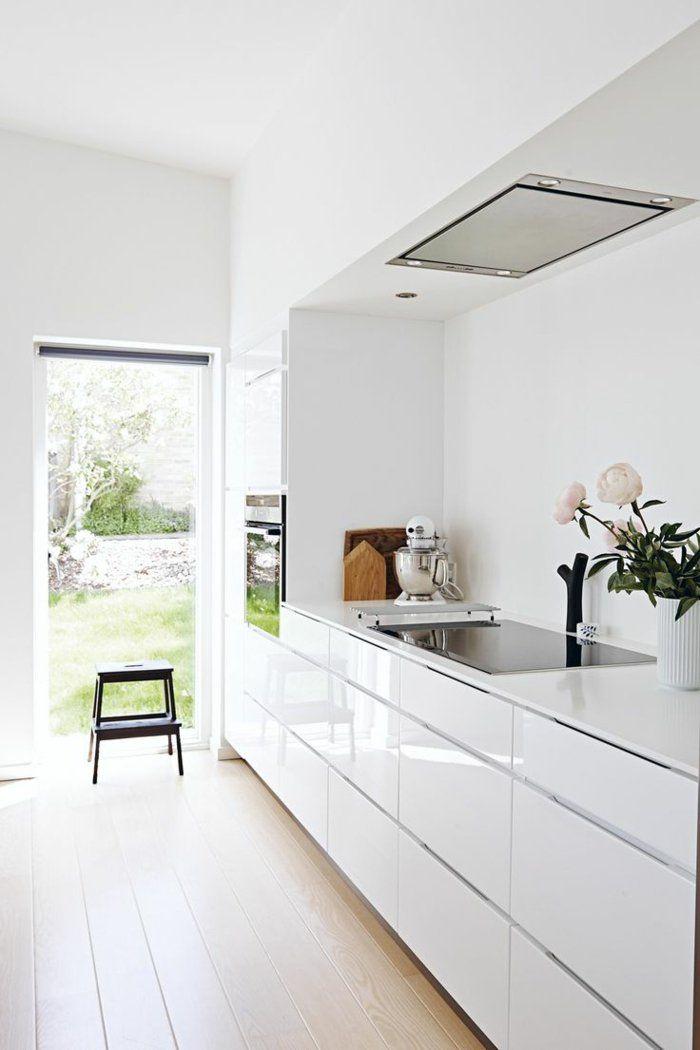 1-cuisine-laquée-blanche-meubles-de-cuisine-laquées-une-jolie ...