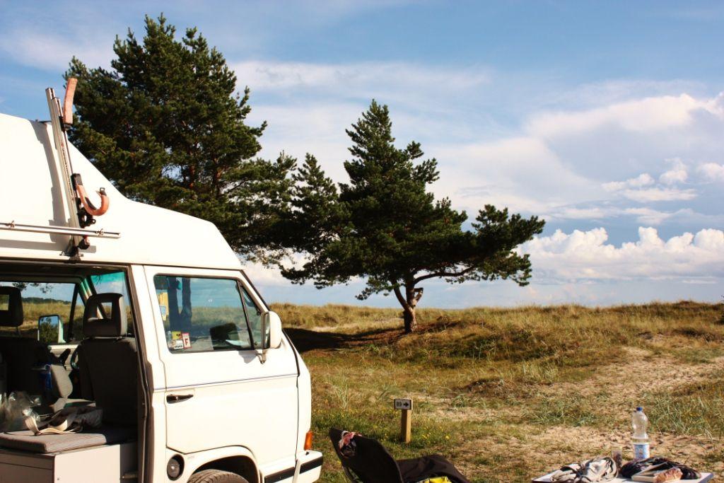 bulli mieten wohnmobil mieten vw bus mieten camper. Black Bedroom Furniture Sets. Home Design Ideas