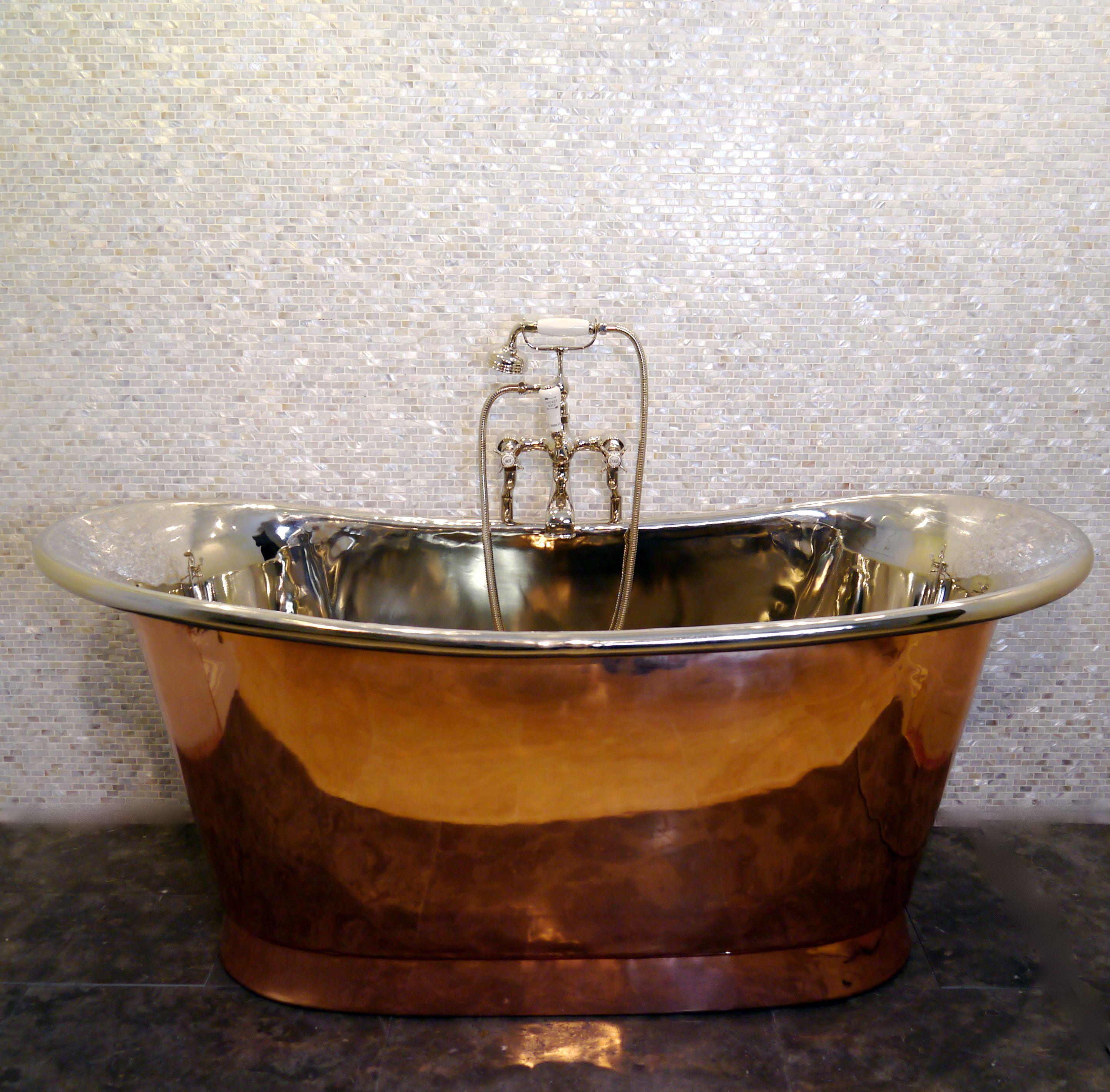Copper tub, Chadder & Co. Royal Copper Bath. Chadder BSM Bath shower ...