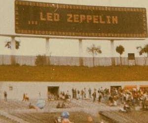 Imagen de concert, vintage aesthetic, and led zeppelin