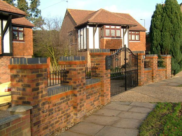 Garden Wall Designs, Garden Walls, Front Gardens, Brick Walls, Wall Ideas, Garden  Ideas, Bricks, Garden Retaining Walls, Brick Wall