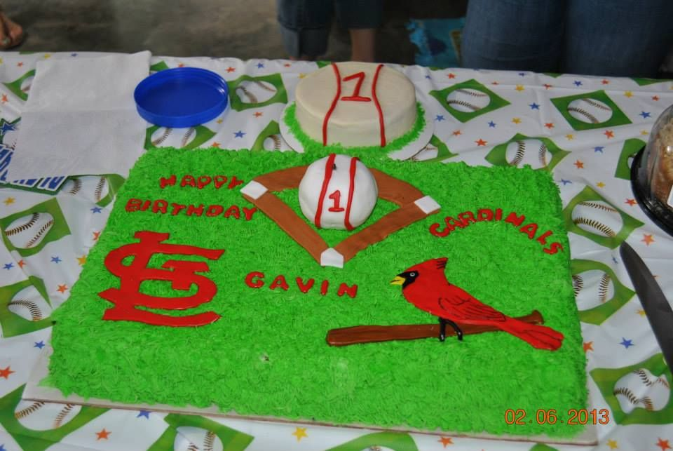 St Louis Cardinals Birthday Cake With Smash Cake I Made This Past