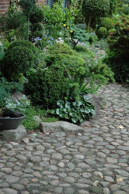 http://Havetid.blogspot.com - lots of good ideas for a more natural landscape