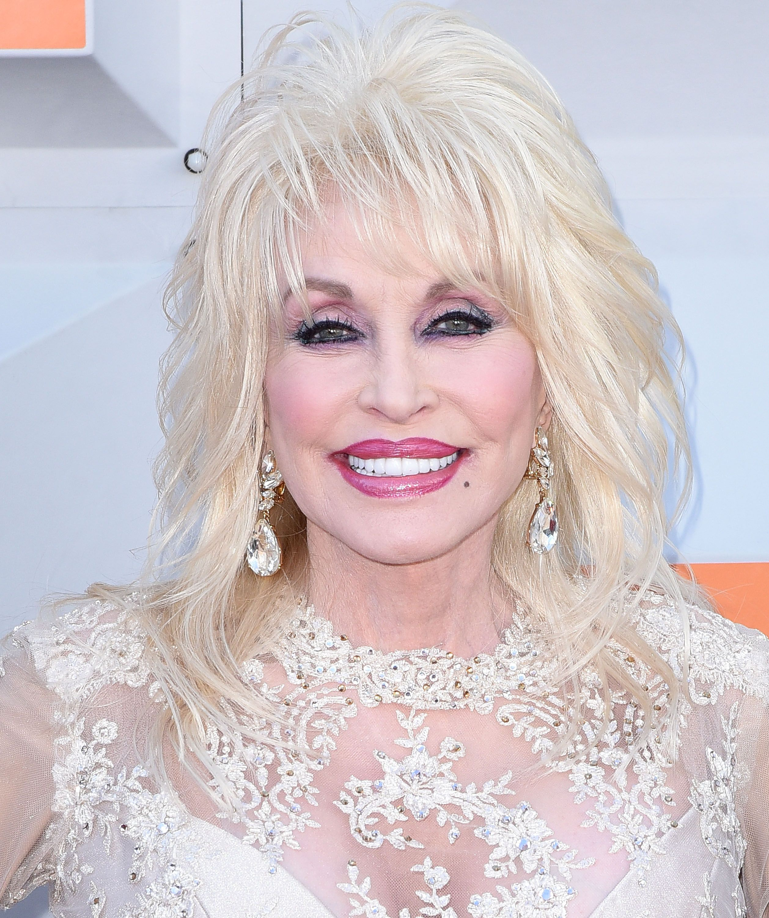 Find Out How Dolly Parton Is Celebrating Her 50th Wedding