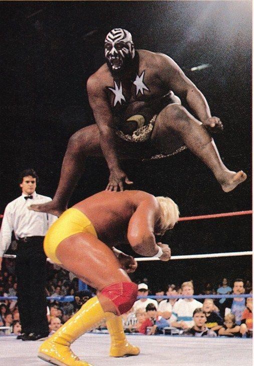 Kamala vs Hulk Hogan | Old wwf wrestlers, Wwf superstars, Pro ...