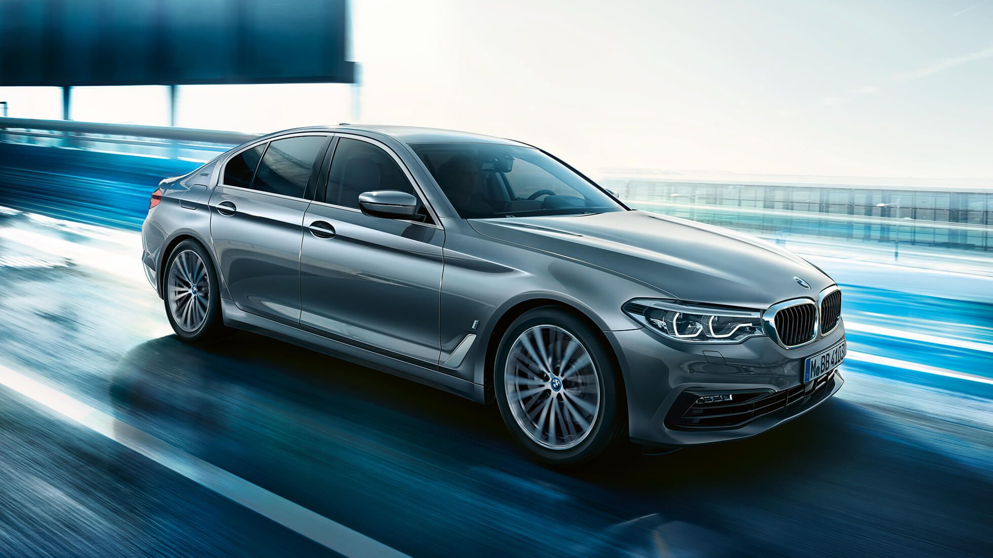 2020 Bmw 545e Plug In Hybrid With 394 Horsepower Coming With 5 Series Facelift In 2020 Bmw Bmw 5 Series New Bmw