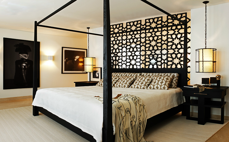 An Arabesque wood panel can give any contemporary bedroom ...