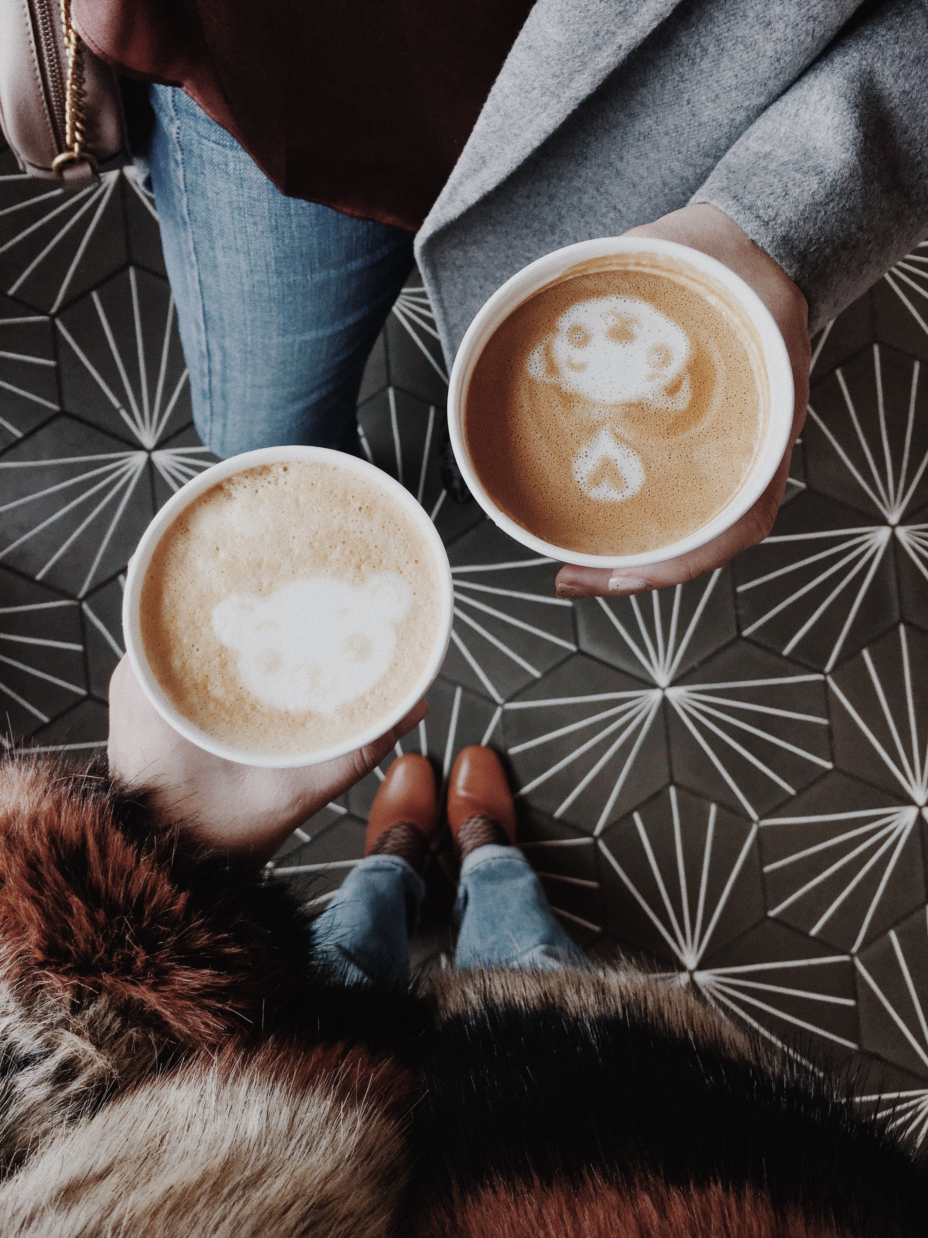 Bear latte art // D.C. Coffee shops // Pineapple and Pearls