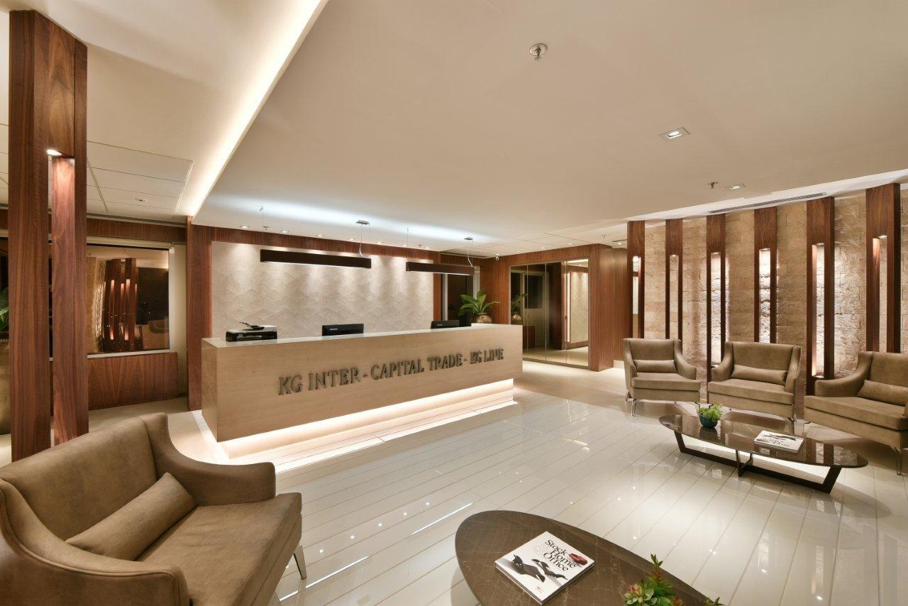 Recep O Sala De Espera Brise Iluminado Em Madeira Parede  -> Fotos Parede Revestida De Sala