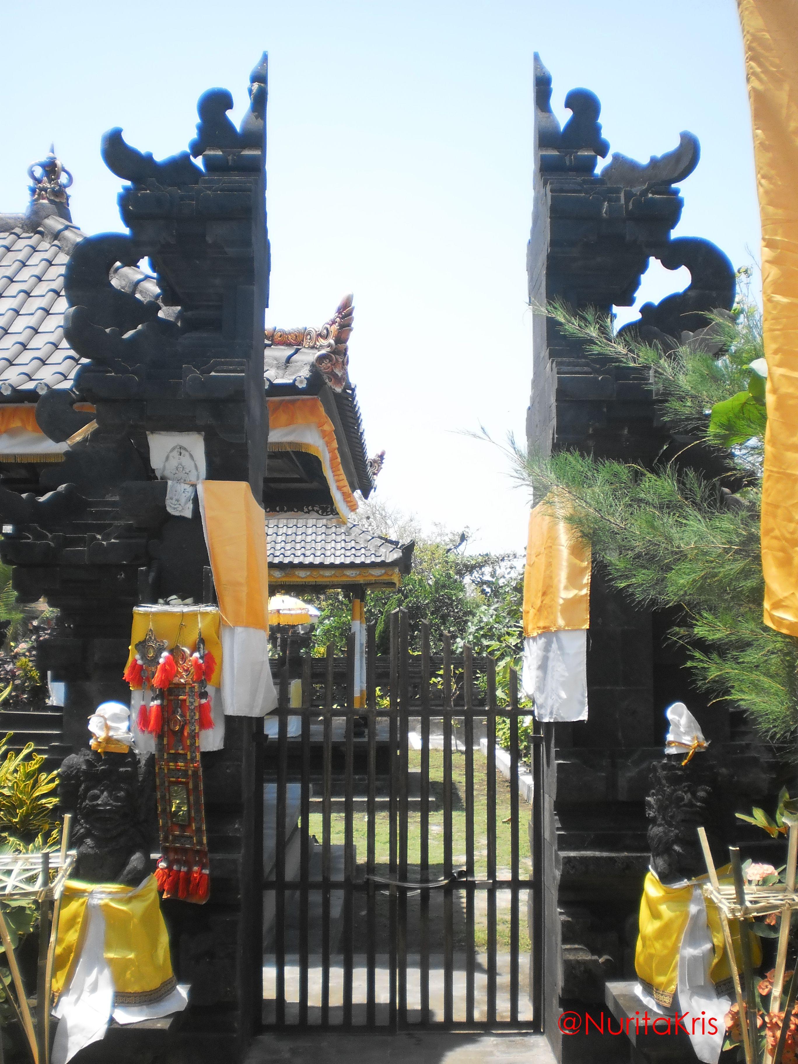 Un temple Hindouiste à Tanah Lot, Bali. #voyage #Indonesie
