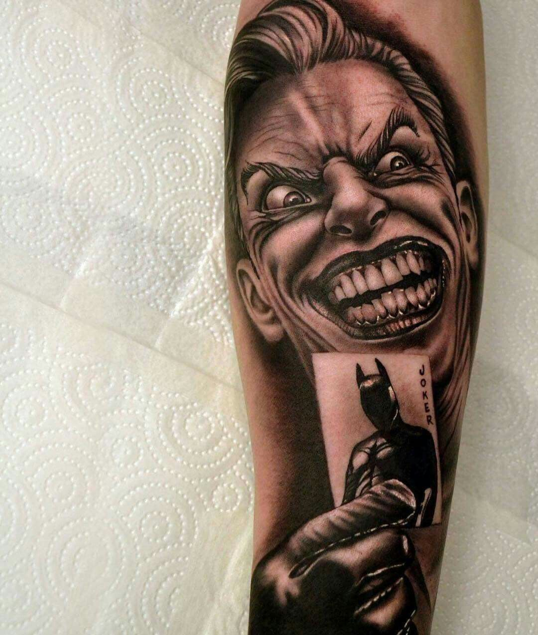 joker tattoo tatoo stuff t towierungen tattoo ideen y. Black Bedroom Furniture Sets. Home Design Ideas
